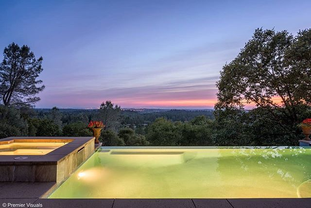 One of my favorite houses shot this year. This infinity edge pool had amazing views of the #Sacramento valley. . . . . . #mattrosendahl #premiervisuals #twilight #twilig.htphotography #realestate #realestatephotography #instaarch #instahomes #homedesign #homeideas #light #welcomehome #homestyle #nikon750 #exterior #luxury #luxurylife #luxuryhomes #californiarealestate - posted by Matt Rosendahl https://www.instagram.com/premier_visuals - See more Luxury Real Estate photos from Local Realtors…