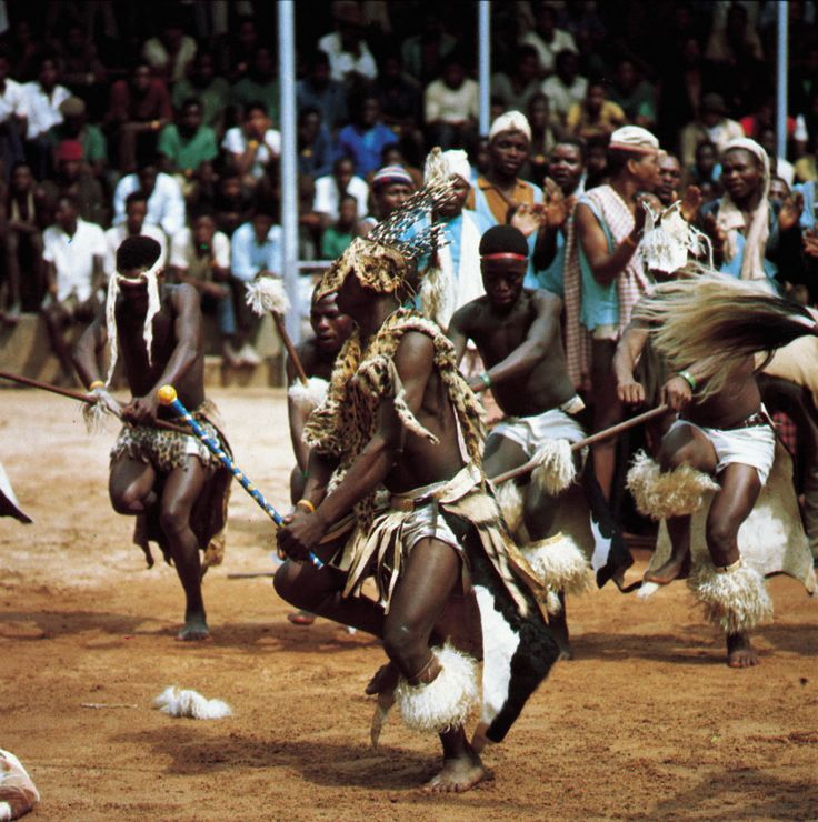South African Tribal Dance - Zulu Warriors .  their dancing is so awrsome to watch.  scary and cool at the same time