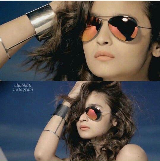 Gorgeous in glasses.! #Sexy #stylish#AliaBhatt