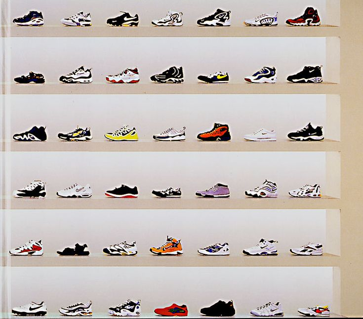 Shoes, Andreas Gursky.