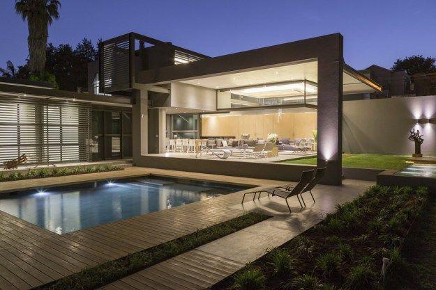 House Sar by Nico Van Der Meulen Architects 04