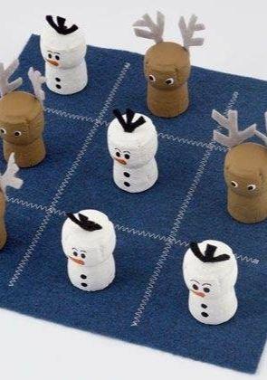 DIY jeu du morpion avec récup de bouchons de campagne (diy tic tac toe snowman game)