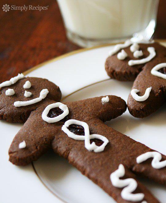 Gingerbread Man Cookies ~ No cookie says Christmas more than a gingerbread man cookie.  A classic gingerbread men cookie recipe. ~ SimplyRecipes.com