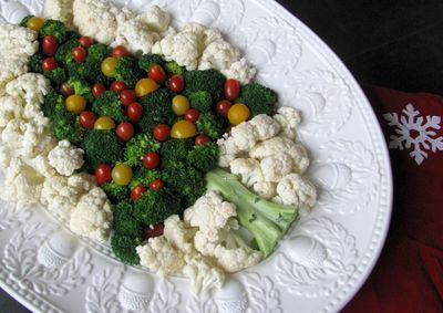 broccoli tree!Holiday, Christmas Food, Veggies Appetizers, Christmas Recipe, Christmas Parties Food, Veggies Trays, Veggies Platters, Christmas Trees, Trees Veggies