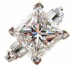 Princess cut diamond ring.... whow... it's great! #ring #diamond ring #ring #diamond