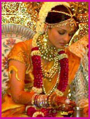 Get Inspired by Celeb Wedding Style   Aishwaraya