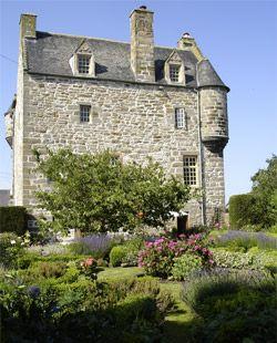 Ochiltree Castle,Scotland