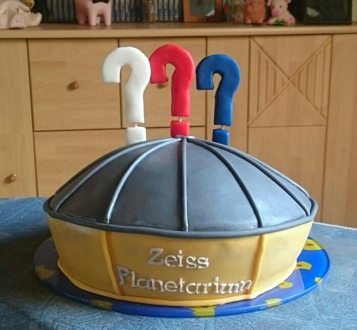 """Auch als """"Gutscheinverpackung"""" bestens geeignet. Karten für die 3D-Soundshow der 3 Fragezeichen im Zeiss-Planetarium Bochum."""