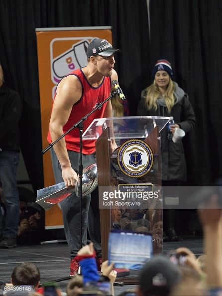 New England Patriots tight end Rob Gronkowski explains how 5 is not enough during the Patriots Victory Rally at the Dunkin Donuts Center on February...