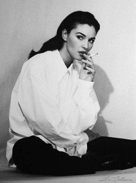 "jaz-minee: "" la-bellucci: "" Monica Bellucci for Vogue 1994 "" @msmouma """