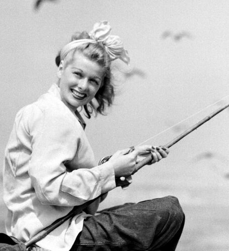 Lucy fishingVintage, Lucile Ball, Beautiful, Lucille Ball, Hollywood, Ball Fish, Lucy Fish, Fishing, I Love Lucy