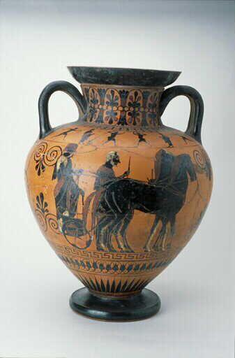 """Vase grec Les vases grecs ont longtemps été appelé à tord """"étrusque"""" parce qu'ils ont été trouvé dans les nécropoles de Toscane. Grâce à l'usage courant de déposer des offrandes dans les tombes un grand nombre de ces vases nous sont parvenus."""