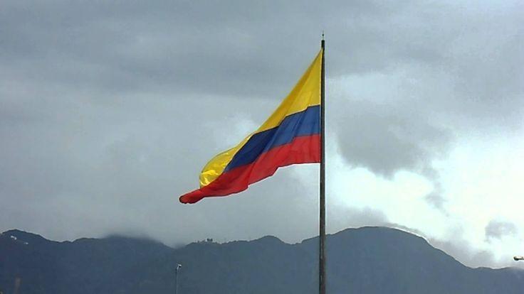 Bandera Colombiana ondea