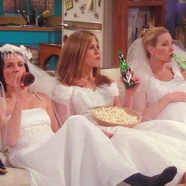 Monica, Rachel & Phoebe Friends TV Show. Friendship goals!!