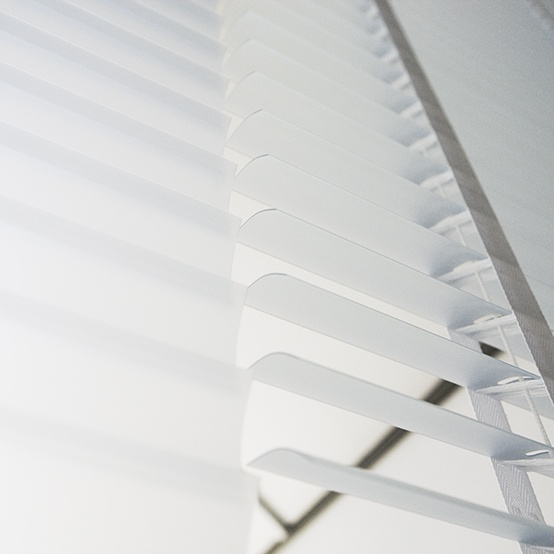 ann idstein® | Venetian Blinds - Transparent