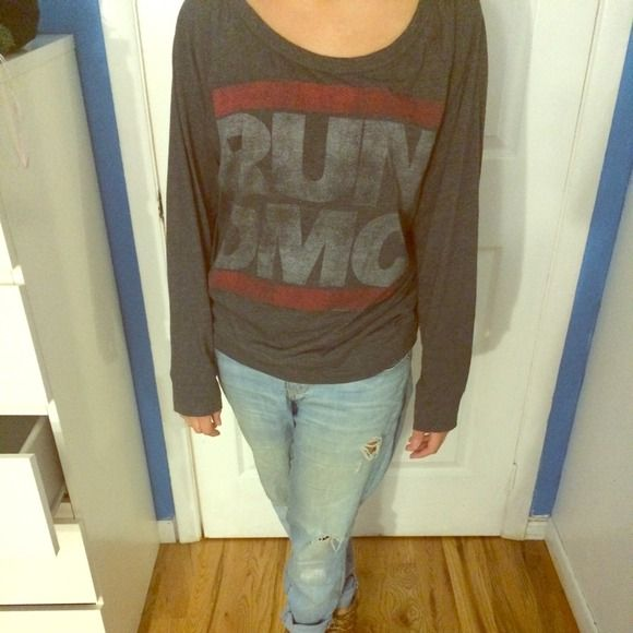 RUN DMC sweatshirt Rum DMC sweatshirt Forever 21 Sweaters Crew & Scoop Necks