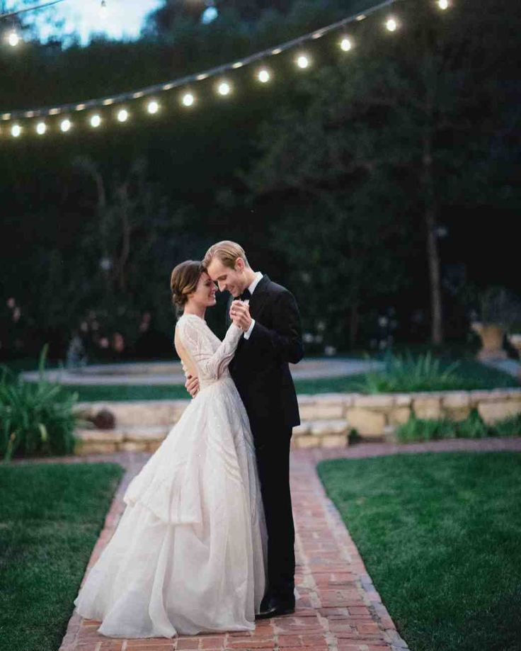 """A Backyard, Garden Wedding in San Marino 