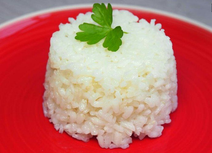 Arroz blanco guarnición para #Mycook http://www.mycook.es/cocina/receta/arroz-blanco-guarnicion