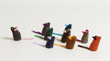 These little mice are too cute to fear. Made by hand in Co. Clare from natural Irish tweed with little felt ears and a felt tail, they're one of the best little Irish gifts around.  Tweeds and felts vary as do ears and tails; no two are the same, so they come as a surprise.   A cute, unique gift for those interested in handmade honest design