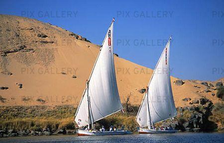 Bilder på segelbåtar | Bild på Segelbåtar på Nilen, Egypten (EJFHHM): Rights-Managed foto ...
