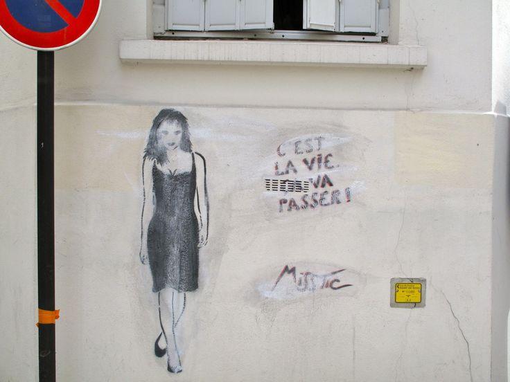Street-art: Miss.Tic et Mass.Toc, dérision et dégradation - archéologie du futur / archéologie du quotidien