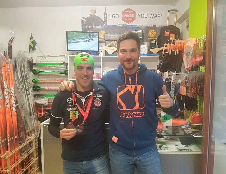 """We love to receive in our """"Bonés Sports Lab"""" athletes using our products for training and racing. On the picture Ricardo Sanjuan, 2th place on Madrid Winter Triathlon championships. Keep training with Bonés Skiroll and Yoko poles! And gliding with Optiwax tape glide #bonessports #bonesskiroll #snowflex #yokopoles #yokoski #triathlon #training #Madrid #winter #optiwax"""