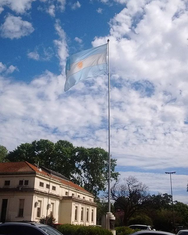 #flag #tourism #agronomia #facultad #universidad #buenosaires #uba #veterinaria #bandera #argentina #architecture #picture #photography #picoftheday #pic #fotografia #blue #sky #moment #relax #perfect #colors #capture #instagram #inspiration #look #like #life