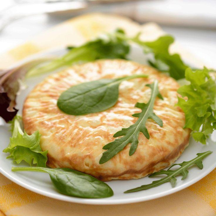Découvrez la recette Tortilla espagnole facile sur cuisineactuelle.fr.