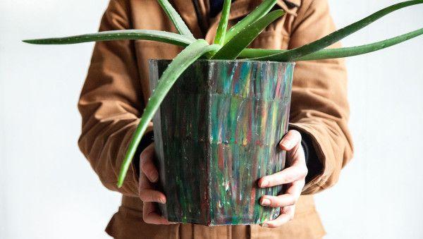 Precious-Plastic-Dave-Hakkens-2-flowerpot