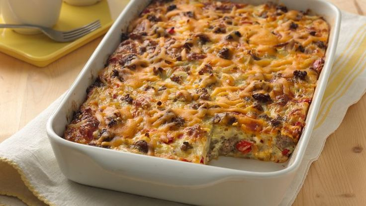 Enjoy this cheesy casserole made using Betty Crocker® Seasoned Skillets® hash brown potatoes, pork sausage and veggies – perfect for a brunch or dinner.