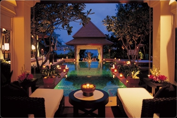 Banyan Tree Phuket -drinks by the pool please ;)