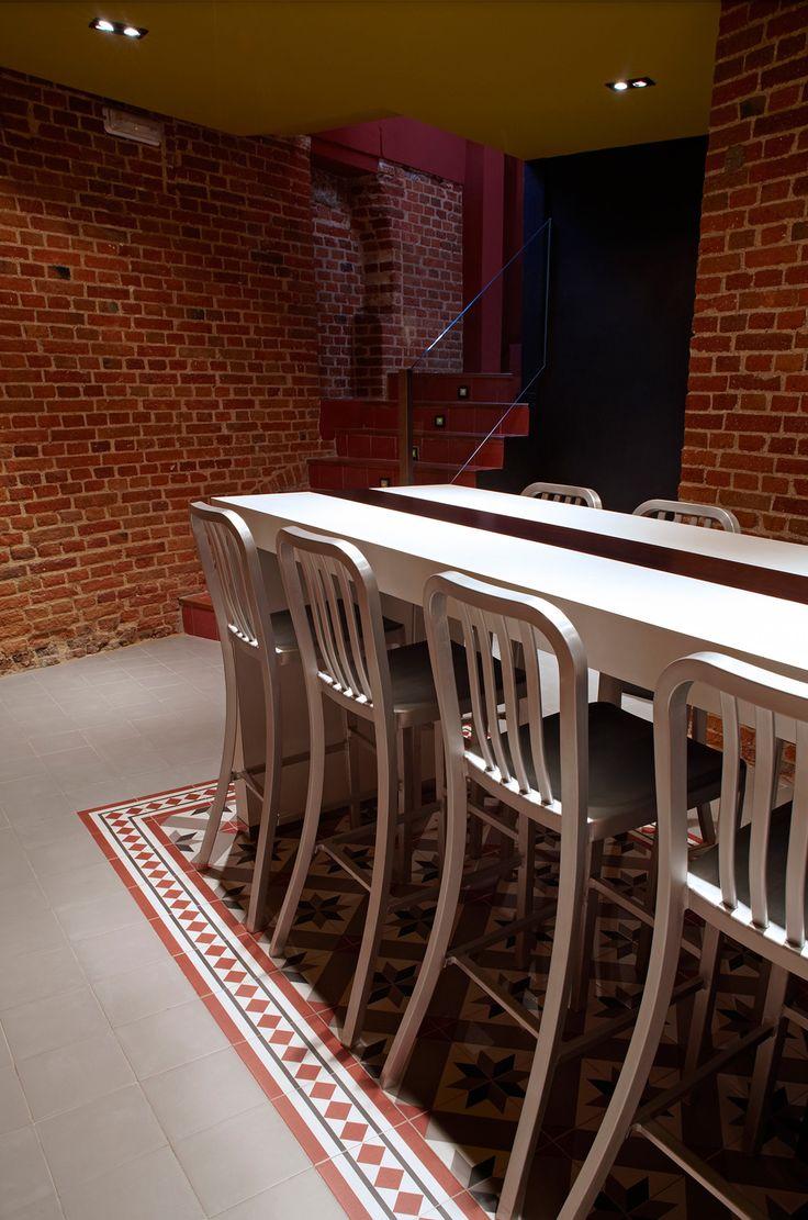 Mostaza Design | Vino & Compañía | Madrid | Wine Shop | Wine Room | #retaildesign #mostazadesign #wine #shop #vinoycompañia #interiordesign #interiors #retail #wineroom
