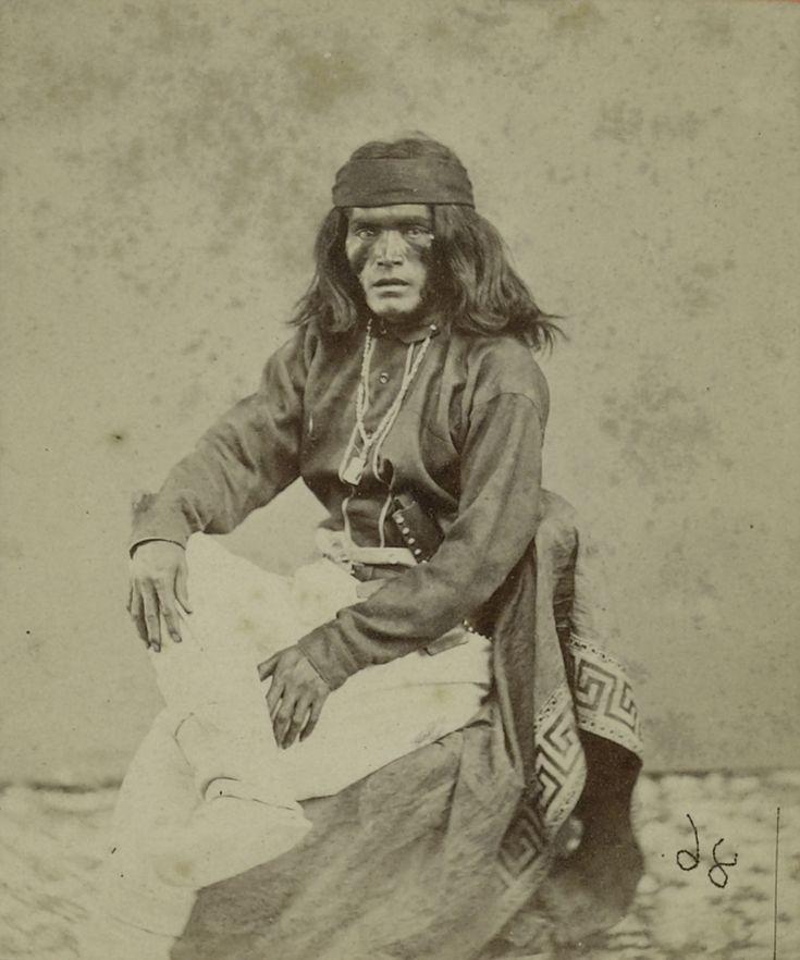 Portret van een Apache-Indiaan