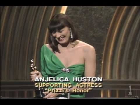 2/04/15  8:26a  Anjelica Huston Wins Supporting Actress:  ''Prizzi's  Honor'' 1985  Play Video