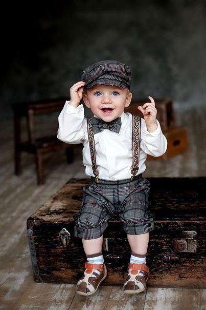 adorable little boy  http://whittieruptown.org/calendar-girl-contest-little-miss-vintage-contest/
