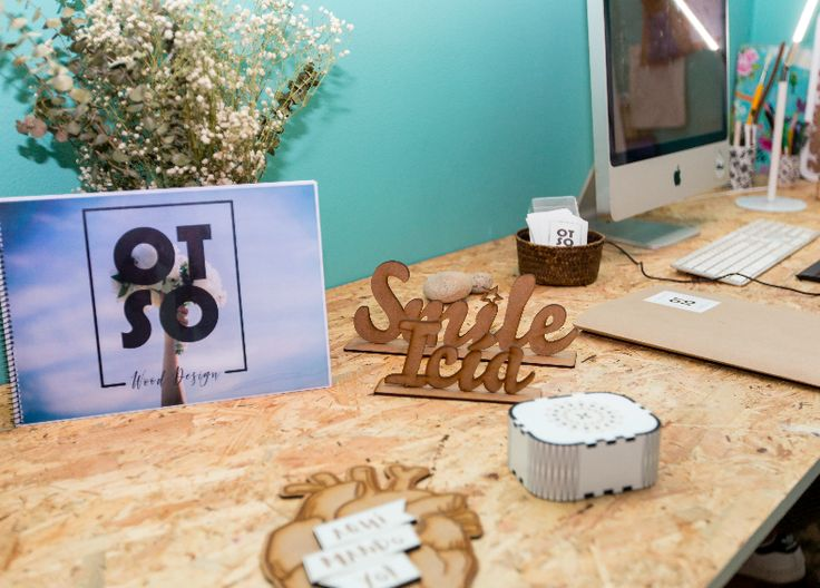 Si te casas este año tenemos un monton de ideas originales para la decoración de tu boda y los detalles. Contacta con nosotras!  If you marry this year we have a lot of original ideas for your wedding decoration and details. Contact us!   #personalized #Wooden #Lettering #wedding #decoration. #Letras #madera #personalizadas #decorar #boda #otsowooddesign #otso #wooddesign #love #deco #custom #weddingdetails
