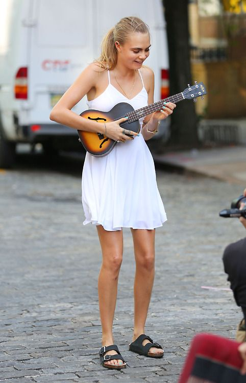 Cara Delevingne doing a photoshoot in SoHo, NYC. 04.09.14