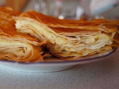 Сырный пирог из армянского лаваша фото