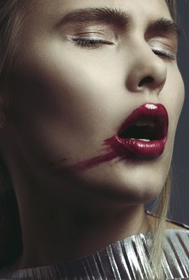 Photographer: Stine Monsen Model: Kaspara/Team models  Mua: Charlotte Wold