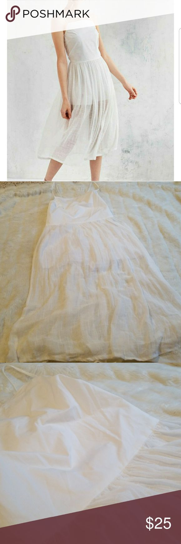 Objects without Meaning for Urban Outfitters White linen and gauze dress by Objects Without Meaning for Urban Outfitters. Romper lining under gauze skirt. Crisp linen bodice, straps & zipper closure on back. Like new condition. Urban Outfitters Dresses Midi