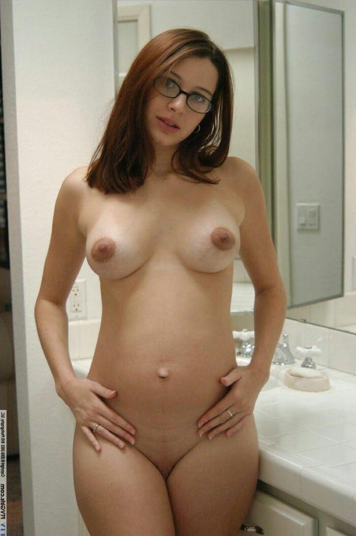 Pregnant ftv erika