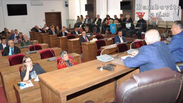 Despre taxa de habitat și colectarea deșeurilor menajere s-a discutat în ultima ședință ADI Salubritate | Dambovitalazi.ro