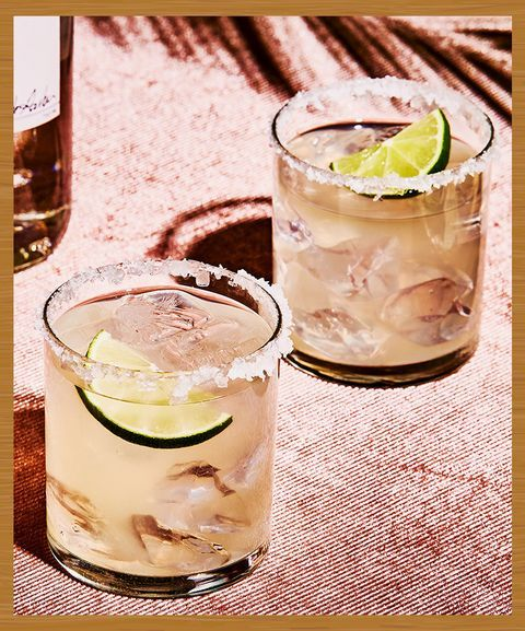 These Are the 10 Most Popular Drinks to Order at a Bar in ...