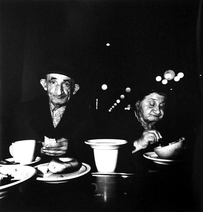 Bruce Davidson - The Garden Cafeteria, east Broadway, across from the Forwards building New York City 1973