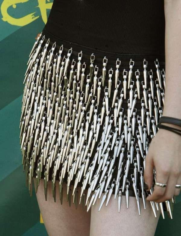 Punk-Rock Award Fashion - A Sharp Kristen Stewart in Rock & Republic Spike Dress (GALLERY)