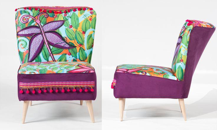 poltrona mariposas estampada con una obra de la artista visual Isa Soler