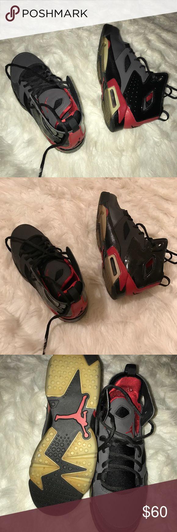 Jordan flights Jordan flight club 91'  Black/red shoe  Black shoe strings   Size 5.5y (women size 7) Jordan Shoes Sneakers