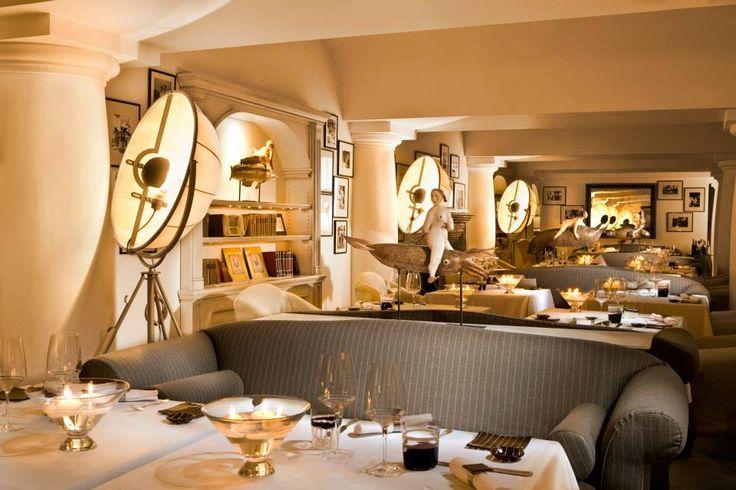 #fortuny lamp at L'olivo restaurant