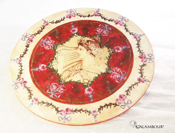 ROMAN DISH - Beautiful plate decorated with Calambour paper /// PIATTO ROMANO - Magnifico piatto decorato con la carta per il decoupage di Calambour www.calambour.it/...http://www.calambour.it/en/our-papers/paper-for-classic-decoupage/ad.html#!AD_006 http://www.calambour.it/en/our-papers/paper-for-classic-decoupage/ad.html#!AD_005