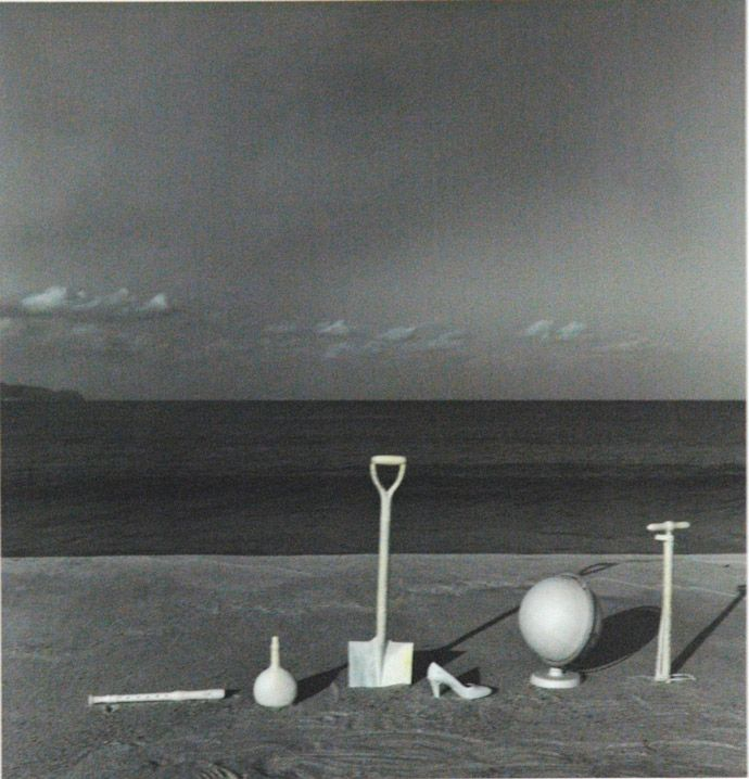 Shoji Ueda, Still-life as landspace, Landspace as still-life, Scope of beach, 1986